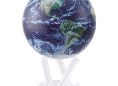 Cadeaux - Vue Satellite avec couverture nuageuse  - MOVA EUROPE