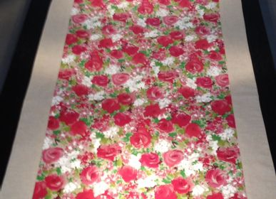 Table cloths - Table Cloth and Table Runner NYLALPHA - NYLALPHA