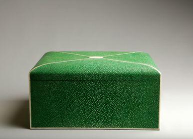 Decorative objects - FLEURUS - DE NACRE ET D'ORIENT