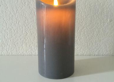 Decorative objects - Bougie cire véritable à LED et flamme oscillante - FLAMINA