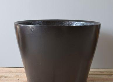 Pottery - Flower Pot Cuvier - TERRES D'ALBINE