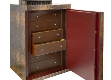Pièces uniques -  SAFE WITH 50 WINDERS AND 6 DRAWERS COVERED IN BRIARWOOD VENEER - UNDERWOOD ITALIA SRL