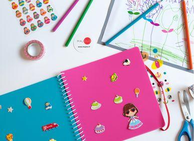 Loisirs créatifs - Sticker book pour s'amuser et coller et décoller tous ses stickers - MAJOLO