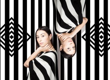 Homeweartextile - Poncho noir et blanc - SARANGUEREL
