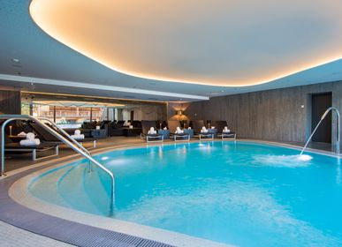 Outdoor pools -  Hotel swimming pools - PISCINES CARRE BLEU