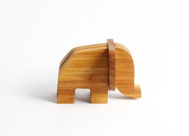Decorative objects - Wooden card holder Elephant  - CHABATREE