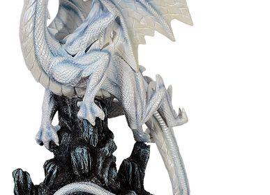 Gift - Dragon Figurine - MAYER CHESS