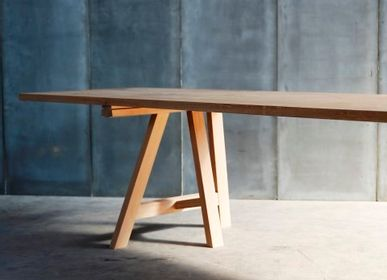 Dining Tables - TRESTLE table - HEERENHUIS MANUFACTUUR