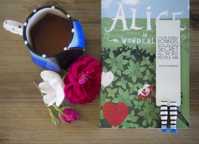 Stationery store - Alice in Wonderland bookmark - MYBOOKMARK