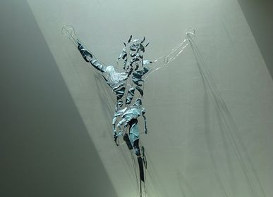 Sculpture - Behold me then; me for him, life for life - SUN CHALAINE