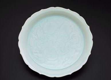 Poterie - large plate qingbai ware - KUNI PAINTING/CERAMICS KAIZAN
