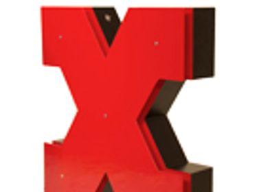 Accessoires de jardinage - X | Lampe Graphique - DELIGHTFULL