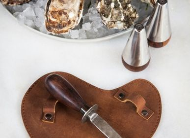 Kitchen utensils - Oyster Knife with Leather Glove - BRÛT HOMEWARE