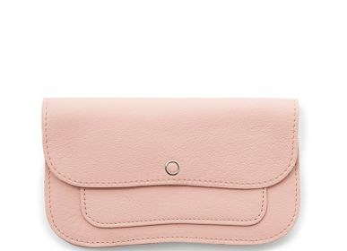 Leather goods - Cat Chase Medium Wallet - KEECIE