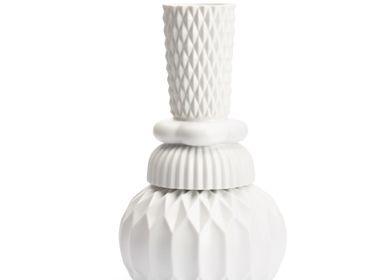 Ceramic - Samsurium Honkadonka vase - FINNSDOTTIR