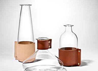Vin - Envelopper la verrerie - SIMON HASAN