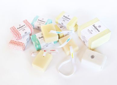 Children's bathtime - Les Soaps Enfance Paris - ENFANCE PARIS