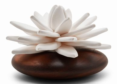 Decorative objects - LOTUS Flower Essential Oil Diffuser - ANOQ
