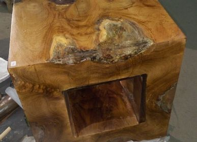 Office seating - Resin and wood stool - WILD-HERITAGE.COM