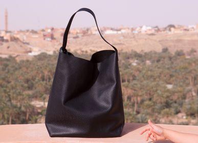 Bags and totes - #650 - LA BENJAMINE