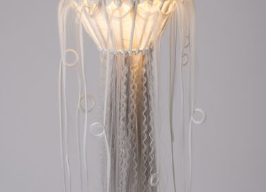 Hanging lights - ECHO VOYAGER - MICKI CHOMICKI HAIR BRUT