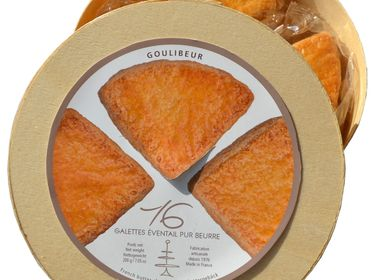 Cookies - FAN-SHAPED SHORTBREADS WOODEN BOX - GOULIBEUR