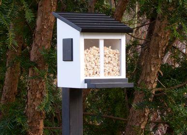 Garden accessories - Squirrel Feeder White - WILDLIFE GARDEN