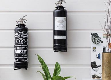 Design objects - Designer fire extinguisher wine with wooden box - FIRE DESIGN