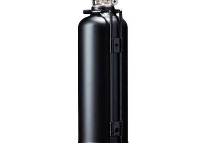 Aménagement de cuisine - Extincteur design voiture 24H Le Mans Bandeau noir - FIRE DESIGN