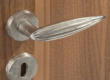Artistic hardware - PLEATS Door handle  - OBJET INSOLITE