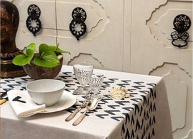 Kitchen linens - Triangle pattern table cloth - KUTNİA