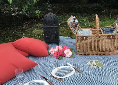 Outdoor decorative accessories - Collection of waterproof lapels for garden tables or picnics - LES JARDINS DE LA COMTESSE