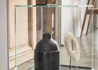 Design objects - CUBE glass showcase - GLASSVARIATIONS