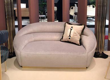 Sofas - Mansfield | Sofa - ESSENTIAL HOME