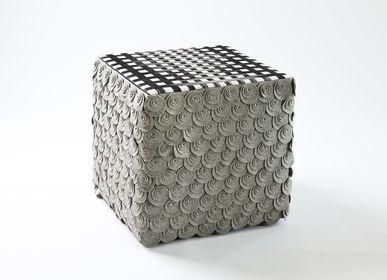 Tabourets - Tabouret Cube gris - EVA.CAMPRIANI