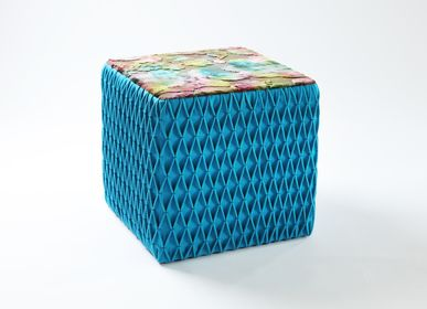 Tabourets - Tabouret Cube bleu - EVA.CAMPRIANI
