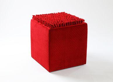 Tabourets - Tabouret rouge Cube - EVA.CAMPRIANI