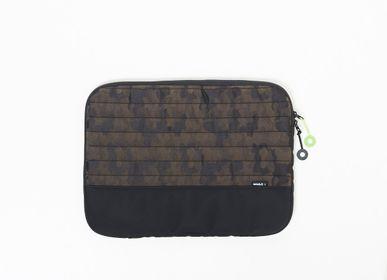 Travel accessories - iPad  sleeve - MUESLII