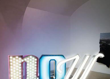 Garden accessories - W | Graphic Lamp - DELIGHTFULL