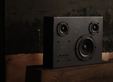 Night tables - Swedish Steel Speaker - TRANSPARENT SOUND