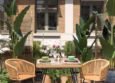 Lawn armchairs - SERRA outdoor square table and VILAS armchairs. - ASIATIDES