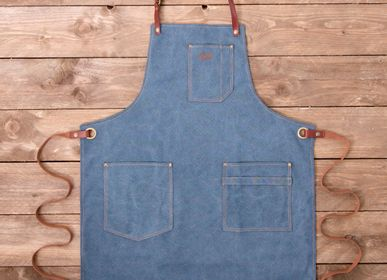 Homewear - Apron No.325 - ALASKAN MAKER