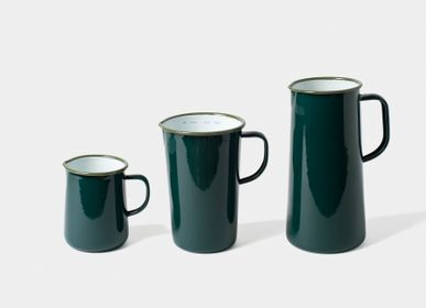 Kitchen utensils - Enamel jugs  (3 sizes) - FALCON ENAMELWARE
