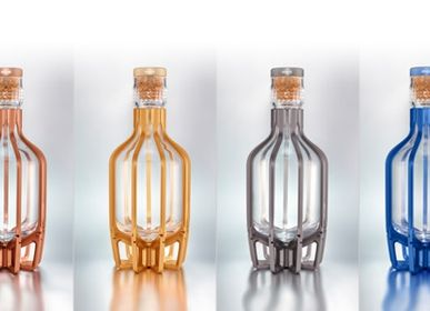Vin -  THE  MAGICAL CAGE - Whisky Carafe - SHAZE LUXURY RETAIL PVT LTD