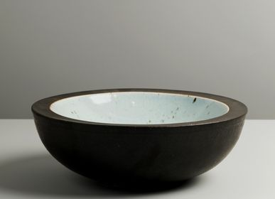 Formal plates - Korean Ceramic artist : Kim Min-bae - ICHEON CERAMIC