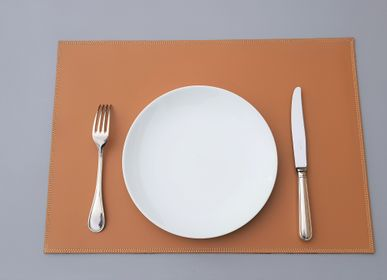 Decorative objects - Leather placemat - MIDIPY