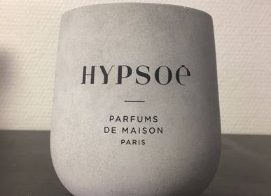 Candles - CUSTOM SCENTED CANDLE - SILK-SCREENED WOODEN / DOLMEN - HYPSOÉ - MADE IN PARIS
