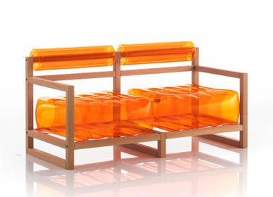Sofas for hospitalities & contracts - YOKO WOOD Sofa Orange - MOJOW