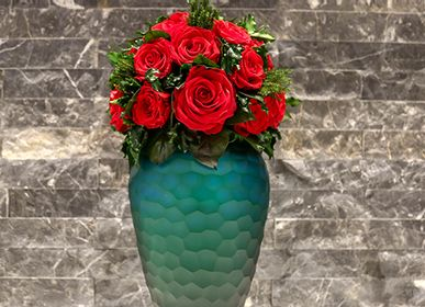 Floral decoration - Preserved Red Roses in  short Green Vase - VIVA FLORA