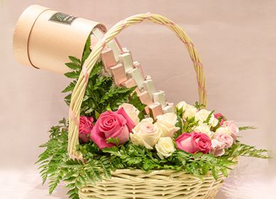 Gifts - Chocolate Meets Flowers - VIVA FLORA